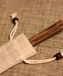 Engraved-Chopsticks--Natural-Chicken-Wing-wood_with_Linen-bag_1