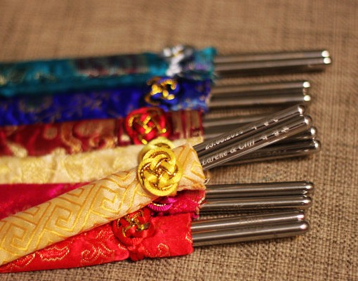 Engraved-Korean-Stainless-Steel-Chopsticks-with-Silk-Pouch_1
