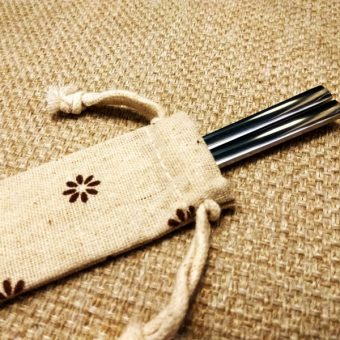personalized-stainless-steel-chopsticks-with-linen-bag