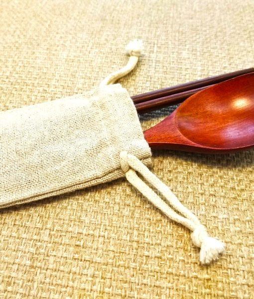 wooden-spoon-&-chopsticks-with-linen-bag-6