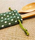 wooden-spoon-&-chopsticks-with-linen-bag-9